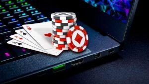 Poker online con amici